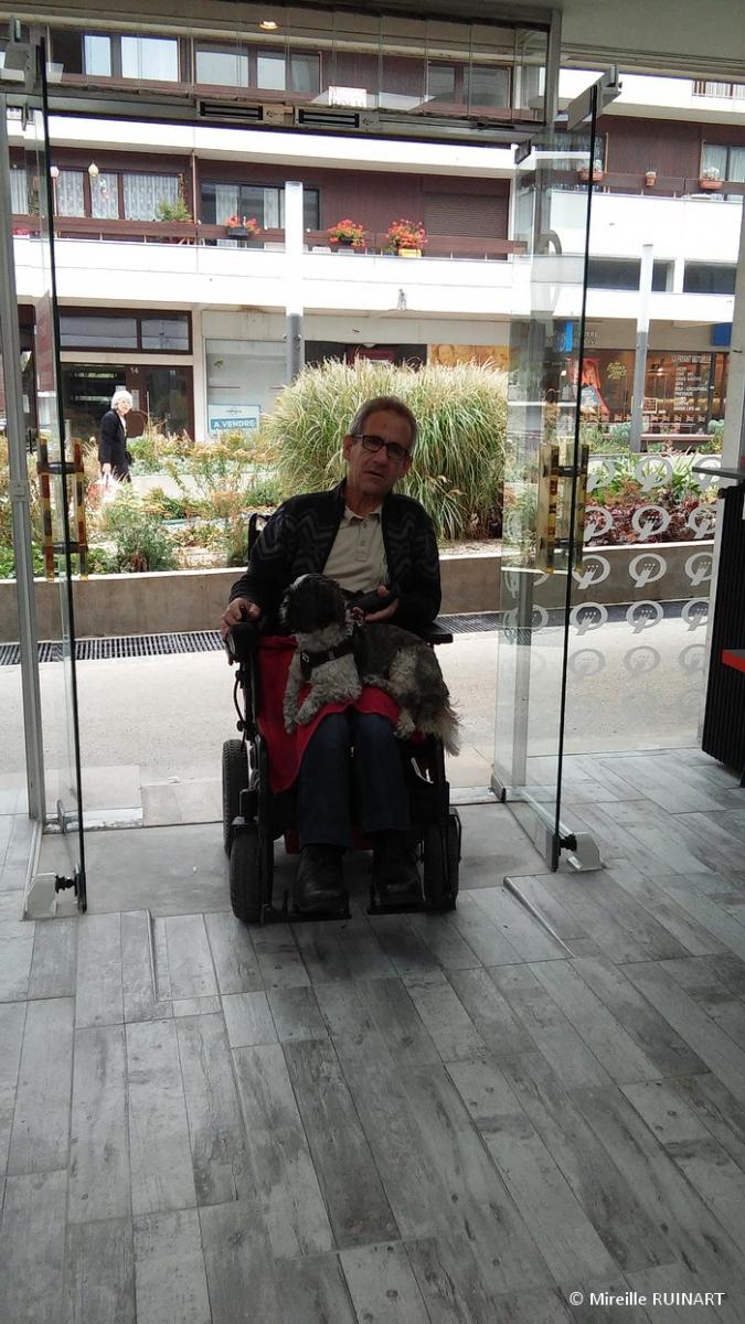 Laverie libre service Speed Queen accessible handicapés, 13 espl Fléchambault  à Reims